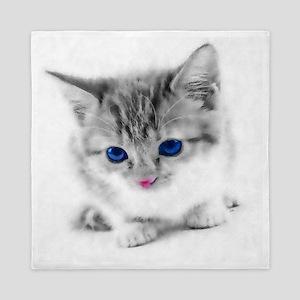 Adorable Blue-eyed Kitten Queen Duvet