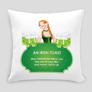 AN IRISH TOAST Everyday Pillow