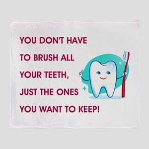 BRUSH YOUR TEETH Throw Blanket