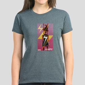 Ms Marvel Standing 2 Women's Dark T-Shirt