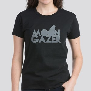 MOON GAZER with wolf howling at the moon T-Shirt
