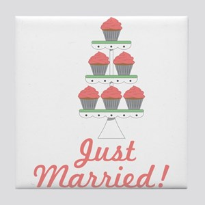 Just Married Cupcakes Tile Coaster