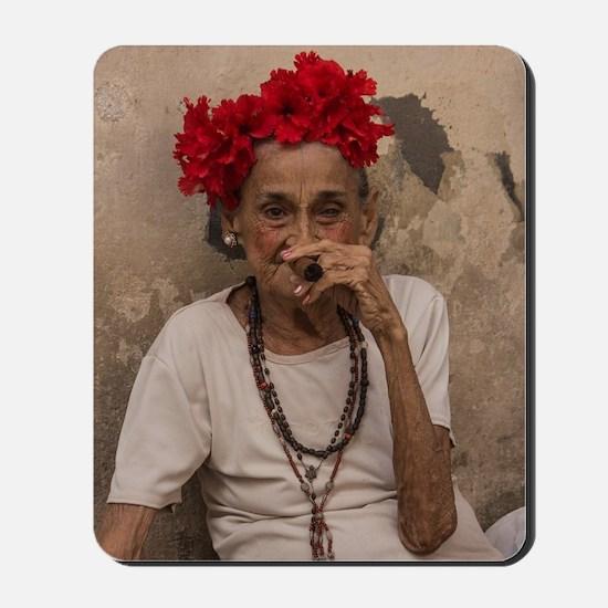 Old lady smoking cuban cigar in Havana Mousepad