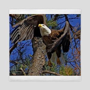 Bald Eagle takes flight Queen Duvet