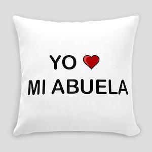 Yo Amo Mi Abuela Everyday Pillow
