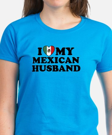 I Love My Mexican Husband Women's Dark T-Shirt