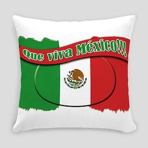 que viva mexico Everyday Pillow