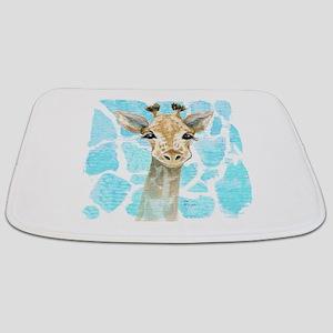 friendly baby giraffe Bathmat