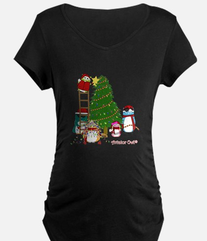 5 Owls Decorate a Tree Maternity T-Shirt