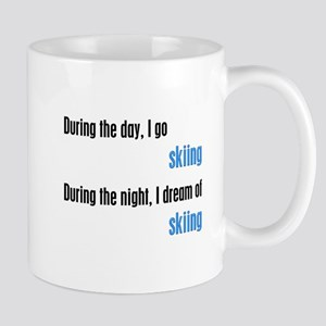 I Dream Skiing Mug