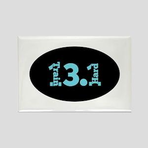 13.1 Train Hard aqua Magnets