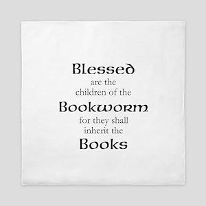 Book worm love Queen Duvet