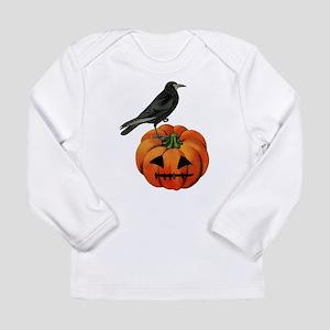 vintage halloween crow pumpkin Long Sleeve T-Shirt