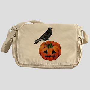 vintage halloween crow pumpkin Messenger Bag