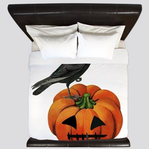 vintage halloween crow pumpkin King Duvet