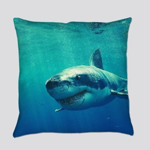 GREAT WHITE SHARK 1 Everyday Pillow
