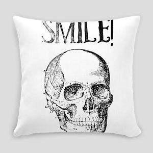 Smile! Skull smiling Everyday Pillow
