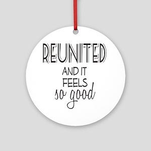 Reunion Round Ornament
