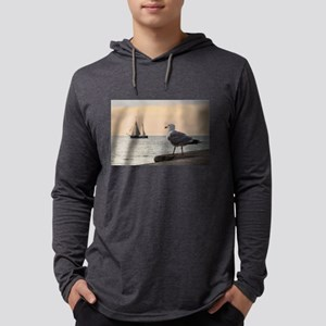 Sea gull and windjammer Long Sleeve T-Shirt