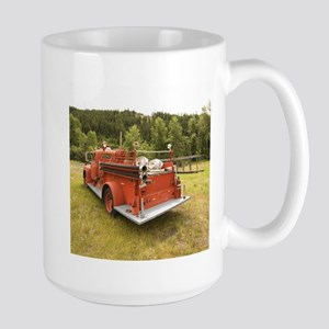 VINTAGE TRUCK Mugs
