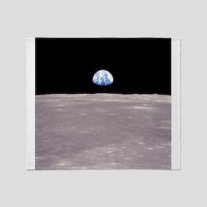 Apollo 11Earthrise Throw Blanket