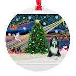 XmasMagic/Beardie Round Ornament