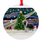 XmasMagic/ Beardie Round Ornament