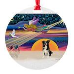 XmasStar/Border Collie #4 Round Ornament