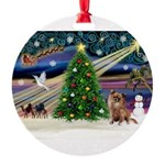 XmasMagic/Chihuahua Round Ornament