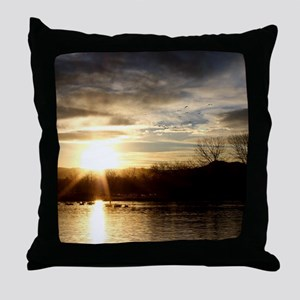 SETTING SUN AT LAKE Throw Pillow