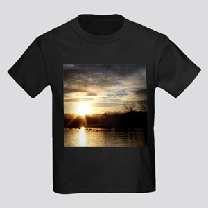 SETTING SUN AT LAKE T-Shirt