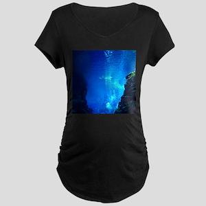 UNDERWATER TRENCH Maternity T-Shirt