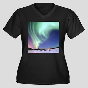 AURORA BOREALIS Plus Size T-Shirt