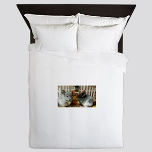 White Ebonies Chinchillas Queen Duvet