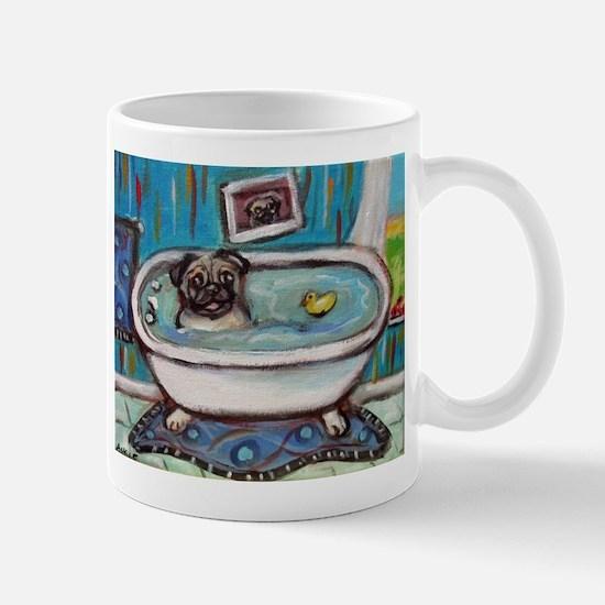 sweet pug bathtime Mugs