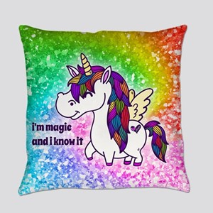 I'm magic and I know it Everyday Pillow