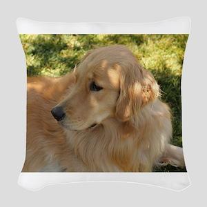 golden retriever grass Woven Throw Pillow