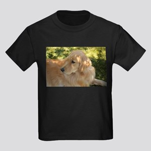 golden retriever grass T-Shirt