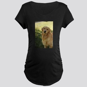golden retriever n Maternity T-Shirt
