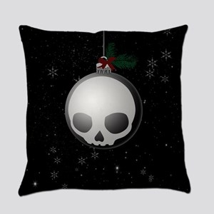 Skull Christmas Ornament Graphic Everyday Pillow