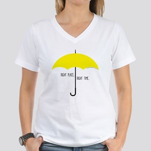 HIMYM Umbrella Women's V-Neck T-Shirt
