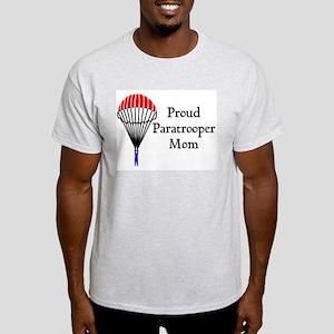 Proud Paratrooper Mom Light T-Shirt