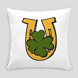 Clover Horseshoe Everyday Pillow