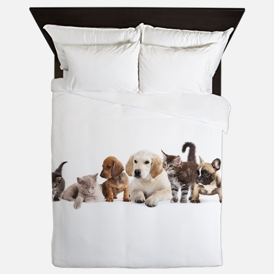 Cute Pet Panorama Queen Duvet
