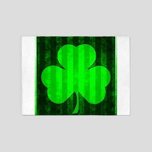 IRISH THREE LEAF CLOVER VERTICAL ST 5'x7'Area Rug