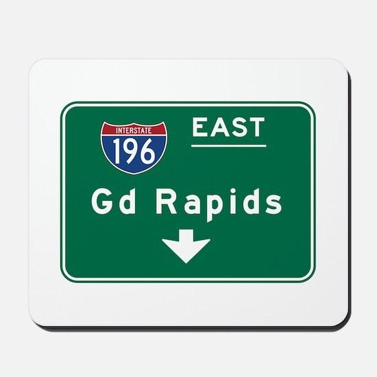 Grand Rapids, MI Road Sign, USA Mousepad