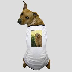 golden retriever n Dog T-Shirt