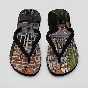 Reflected Bridge Flip Flops