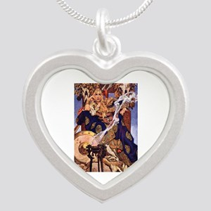 Celtic Queen Maev by Leyende Silver Heart Necklace