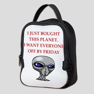 alien invasion Neoprene Lunch Bag